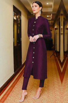 Buy taffeta silk cigarette pant suit in navy blue colour online - lstv-navy blue andaaz fashion Dress Indian Style, Indian Outfits, Kurta Designs Women, Latest Kurti Designs, Salwar Designs, Plain Kurti Designs, Silk Kurti Designs, Indian Designer Suits, Indian Designers