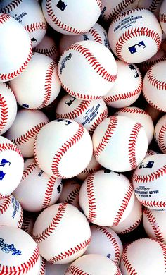 Royals Baseball Wallpaper - Baseball Jersey Tshirt - Baseball Style - Baseball Boys Are The Move Play Baseball Games, Baseball Game Outfits, Best Baseball Player, Baseball Boys, Better Baseball, Baseball Jerseys, Soccer, Baseball Couples, Baseball Girlfriend