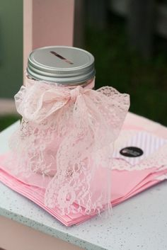 money jar lid ~ so cute with the lace ribbon