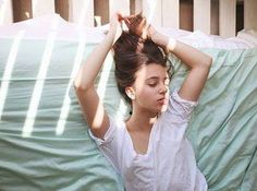 Mint green sheets for a summery bedroom!💚 #sleepwithettitude