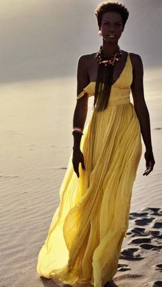 Stunningly beautiful! Maxi dress in Yellow.