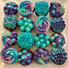 Mermaid Cupcakes by September's Cakes – www.findyourcakei… Mermaid Cupcakes by September's Cakes – www. Frost Cupcakes, Mini Cupcakes, Birthday Cupcakes, Wedding Cupcakes, Pretty Cupcakes, Cupcake Ideas Birthday, Men Birthday, Cake Wedding, Wedding Decor