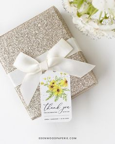 Wildflower Wedding Favor Tag Template Purchase, personalize, and print within minutes! Edit using the Templett app in your computer browser – no additional software needed! Please try demo and seek clarification before purchasing the template. FREE DEMO ━━━━━━ Summer Wedding Favors, Summer Wedding Decorations, Summer Wedding Bouquets, Wedding Favor Tags, Diy Wedding, Wedding Ideas, Free Wedding Invitation Templates, Top Wedding Trends, Wedding Table Settings