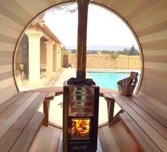 Wood-heated scenic view sauna by the pool Banquettes, Design Sauna, Mobile Sauna, Natural Swimming Pools, Natural Pools, Barrel Sauna, Outdoor Sauna, House Lamp, Spa Rooms