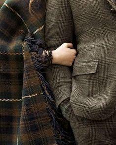 Tweed and tartan. Fall must haves Humphrey Bogart, Harris Tweed, Outlander, Mode Style, Style Me, Couple Style, Look Fashion, Mens Fashion, Tartan Fashion