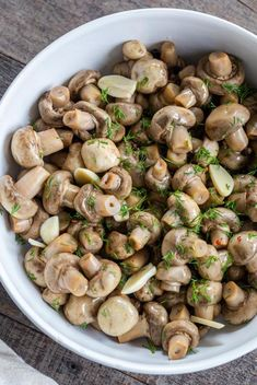 Pickled Jalapeños (10 Minutes Only) - Momsdish Chanterelle Mushroom Recipes, Mushroom Appetizers, Creamy Garlic Mushrooms, Marinated Mushrooms, Stuffed Mushrooms, Pickled Mushrooms Recipe, Pickled Onions, Steak Sandwich Recipes, Chicken Sandwich
