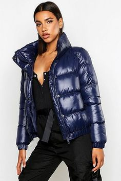 Update your wardrobe with fashionably hot coats & jackets from boohoo. Blue Puffer Jacket, Down Puffer Coat, Puffy Jacket, Coats For Women, Jackets For Women, Plastic Raincoat, Black Down, Padded Jacket, Jacket Style