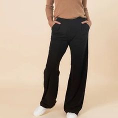Casual and comfortable pants that are so soft you'll want to wear them out of office, too. Dressy Sweatpants, Wide Leg Pants, Black Pants, Friend Outfits, Capsule Wardrobe, Fashion Brand, Work Wear, Legs, Casual