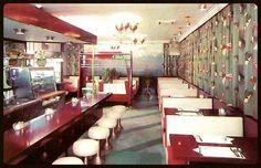 Resultado de imagem para 60's restaurant table