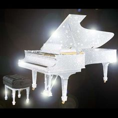 GIFT-LIBRARY The Bespoke Crystal Encrusted Classic Steinway Grand Piano from £595,000 The CrystalRoc Piano, in association with Steinway & Sons, is the world's first range of fully crystallised, bespoke grand pianos
