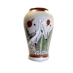 Tonala Pottery Vase Tonala Bird Signed Mateos by BatnKatArtifacts Hacienda Decor, Mexican Folk Art, Pottery Vase, Primitive, Hand Painted, Bird, Antiques, Handmade