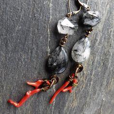 Boucles d'oreille en pierre fine quartz rutile tourmaline noire, corail italien, cristal de roche, bronze antique