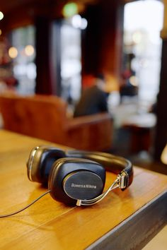 Bowers & Wilkins P7 headphones http://www.bowers-wilkins.co.uk/Online-Shop