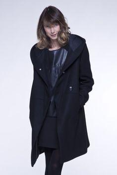 Manteau en laine tres long femme