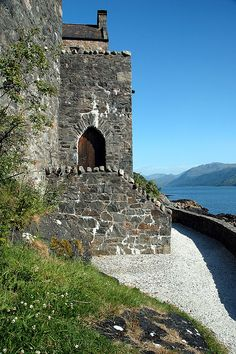 Eilien Donan Castle, Highland, Scotland