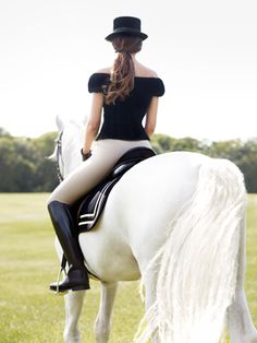 Love the style and saddle pad:) must match this :)