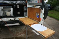 This one looks like a great idea Nissan Patrol, Patrol Y61, Back Door Accessories, Jeep Accessories, Land Rover Defender Camping, Defender Camper, Car Luggage Carrier, Landrover Camper, Barn Door Tables