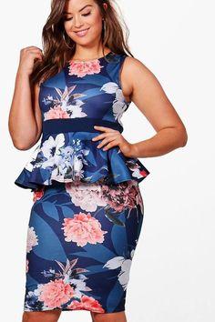 Plus Size Azul Rose Mesh Insert Peplum Top Plus Size Tees, Plus Size Skirts, Purple Jeans Outfit, Peplum Dress, Dress Up, Plus Size Shopping, Girls Rules, Bodycon Fashion, Fashion Design