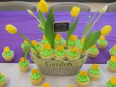 """Vanila Cream Cupcakes """"in bloom"""" for the teachers at Julian Rogus school. Just Over The Top, Vanilla Bean Cupcakes, Messy Kitchen, Flower Cupcakes, Vanilla Cream, Garden Theme, Cupcake Ideas, Vanilla Flavoring, Buttercream Frosting"""