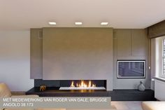 Foto's moderne openhaarden op gas Fireplace Feature Wall, Fireplace Tv Wall, Open Fireplace, Fireplace Remodel, Fireplace Design, Contemporary Gas Fireplace, Contemporary Interior, Interior Design Living Room, Living Room Designs