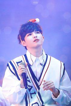 171217 Wanna One Premier Fancon Day 3 in Seoul #Jaehwan Jaehwan Wanna One, Produce 101, Bao, Guan Lin, Lai Guanlin, Korean Artist, Ong Seongwoo, Kim Jaehwan, Lee Daehwi