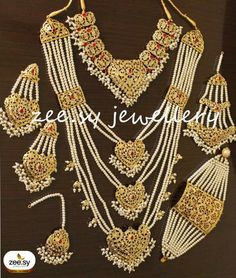 Pakistani Bridal Jewelry, Bollywood Jewelry, Indian Wedding Jewelry, Bridal Lehenga, Indian Bridal, Indian Jewelry Sets, Bridal Jewelry Sets, Bridal Accessories, India Jewelry