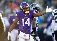 A glimpse into wide receiver Stefon Diggs' yoga routine