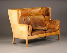Would it be comfy too? Leather Furniture, Sofa Furniture, Shabby Chic Furniture, Leather Sofa, Furniture Design, Danish Furniture, Vintage Sofa, Beautiful Living Rooms, Best Interior Design