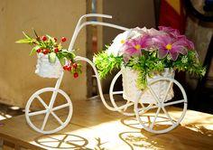 Tặng quà lưu niệm bằng hoa lụa nhập khẩu