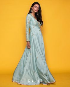 #MeriahCollection#TheFestiveEdit Presenting the best of post-wedding bridal look in crayon color, which is reinterpreted in vintage-inspired ways. This fit and flare 'Angrakha' silhouette is complemented by the baby blue hue and statement embroidery. The side-tie gives a modern look without compromising on the traditional vibes. Must-have for this festive season.✨ Fit And Flare, Angrakha Style, Post Wedding, Indian Designer Wear, Bridal Looks, Baby Blue, Hue, Vintage Inspired