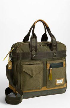 Military inspiration | Essentials (men's accessories)