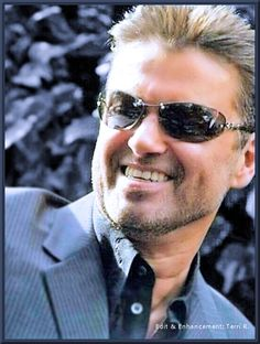 George Michael for ever in my heart❤ George Michael Died, Michael X, Beautiful Voice, Beautiful Men, Andrew Ridgeley, Music Icon, Record Producer, Music Is Life, Sexy Men