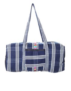 This overnight bag is perfect for a weekend getaway!