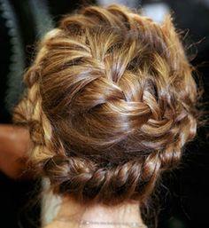 花嫁の結婚式用編み込みヘアアレンジ画像集【披露宴・髪型】 - NAVER まとめ