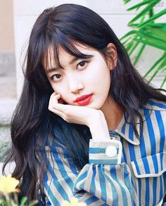 ASK K-POP It was revealed that Suzy recently made a meaningful donation. Bae Suzy, Korean Beauty, Asian Beauty, Korean Celebrities, Celebs, Korean Girl, Asian Girl, Kim Young, Miss A Suzy