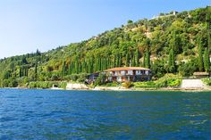 Villa Cappellina - Toscolano Maderno ... Garda Lake, Lago di Garda, Gardasee, Lake Garda, Lac de Garde, Gardameer, Gardasøen, Jezioro Garda, Gardské Jezero, אגם גארדה, Озеро Гарда ... Welcome to Bed and BreakfastVilla Cappellina Toscolano Maderno. Situated directly on the Lake Garda, in a quiet area under the West Gardesana street, Villa Cappellina is at 1 Km far from Toscolano Maderno and 4 km ca. from Gargnano. A time was a private Villa, it offers few