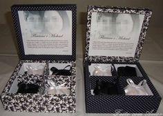 Caixa em MDF revestida de tecido 100% algodão elaboradas para presentear padrinhos de casamento. Podem ser feitas em diversos tamanhos e estampas. Não acompanha bem casado.   VALOR REFERENTE A VENDA POR DEPOSITO EM CONTA!