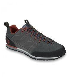 Men's Scend Leather Shoes  € 105,00  The North Face Men's Scend Leather sono le nuove versatili scarpe casual che traggono ispirazione dagli avvicinamenti alle vie in montagna ma sono state studiate per i momenti di relax.