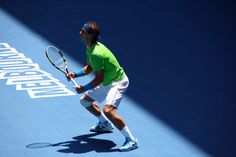 Tennis: The key to success is your left hand