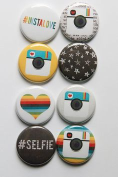 {A Flair for Buttons} Button Badge, Button Art, Cute Popsockets, Button Maker, Project Life Cards, Badge Design, Pin Badges, Love Photography, Scrapbooking Layouts