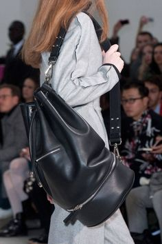 Best Bags Fall 2014 - The 50 Best Handbags from the Fall Runways - Elle Modern Backpack, Best Handbags, Classic Handbags, Milan Fashion Weeks, Fashion 2018, Black Leather Backpack, Best Bags, Capsule Wardrobe, Everyday Fashion