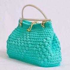 Ay ama ben sana resmen asik oldum Rengin modelin beni benden aldi tatli çanta güzel çanta seni oruçlu olmasam yerim çanta  Alintidir örenin ellerine saglikInstagram web viewer online, You can find the most pop photos and users at here Yooying.