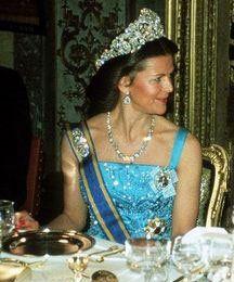 Queen Silvia wore this tiara for a dinner during the Dutch State Visit in May 1987.