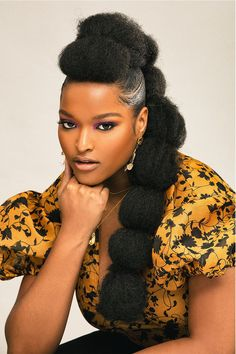 This tutorial shows you exactly how to create a mohawk puff, no shaving necessary. You'll incorporate a couple small braids in there and some hair extensions, which really take the mohawk puff to the next level. Black Girl Braided Hairstyles, Twist Braid Hairstyles, African Hairstyles, Afro Hairstyles, Wedding Hairstyles, Updo Hairstyle, Wedding Updo, Natural Hair Updo, Natural Hair Styles