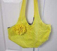 duct tape no-sew tote bags --- so easy to make!