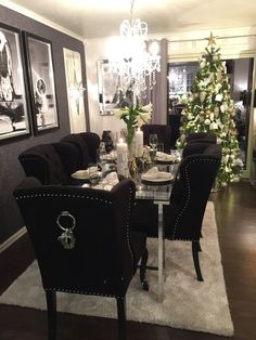 nice 47 Luxury Dining Room Design Ideas You Will Love Elegant Dining Room, Luxury Dining Room, Dining Room Design, Dining Room Table, Interior Design Living Room, Living Room Decor, Dining Rooms, Black Glass Dining Table, House Design