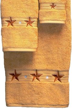 Barn Star Embroidered Gold Bath Towel 3 Pc Set - A rich golden . Western Bathroom Decor, Western Bathrooms, Western Decor, Southwestern Home Decor, Texas Star, Bath Towel Sets, Washing Clothes, Hand Towels, Embroidery Designs