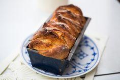 Cinnamon-Pull-Apart-Bread Zutaten (für eine kleine Kastenform) Für den Teig: 1/2 Würfel Hefe 2 EL Milch 1 TL Zucker 1 TL Mehl ...