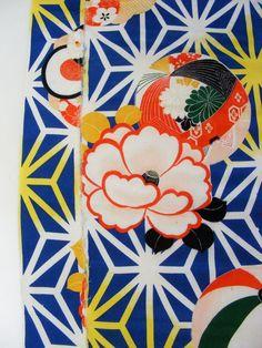 kimono print. Bright colors+floral+geometric+soft shapes (circle) create an interesting visual effect.