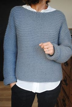 Knitting design pattern ganchillo New ideas Sweater Knitting Patterns, Knit Patterns, Hand Knitting, Knitting Ideas, Diy Kleidung, Knitwear, Knit Crochet, Sweaters, Point Mousse